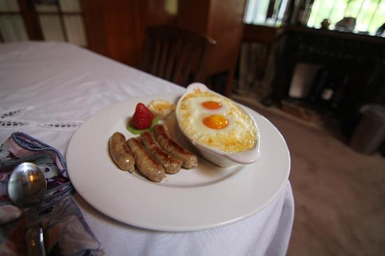 The Cooper House Bed & Breakfast Inn: Breakfast