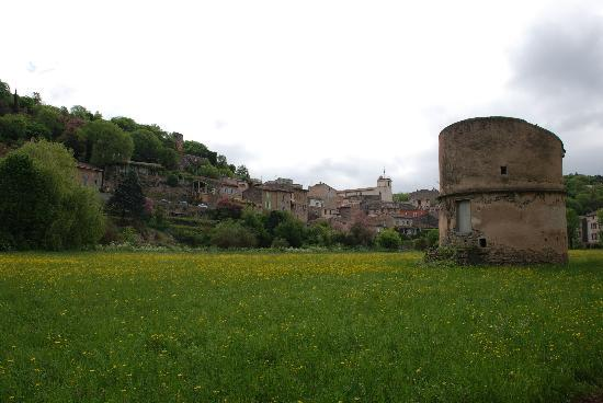 Domaine de Conillieres: The lovely village of Bras