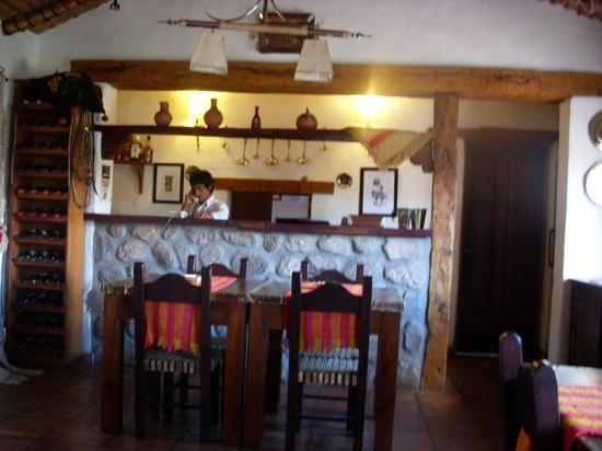 Hotel Cabana del Lago : este es el lugar donde se sirven las comidas, bien calido y tipico