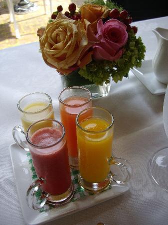 The Inn at Little Washington: Breakfast juices