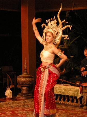 The Dhara Dhevi Chiang Mai : Tanz im Restaurant