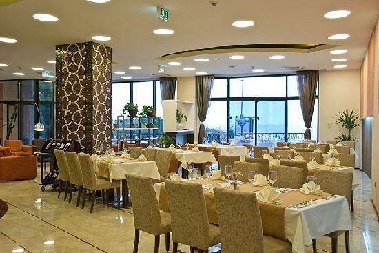 Hotel HEC Residence: Main restaurant