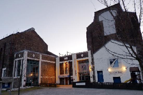 entrance to Bothan Bar Restaurant Kinlochleven