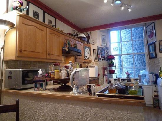 Gerald's Place: nice kitchen