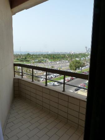 Corniche Hotel Apartments: Corner suite main balcony overlooking the corniche