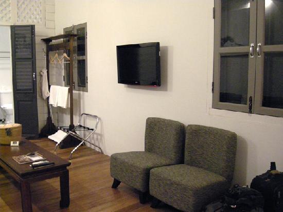 Muntri Mews: Living area