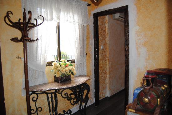 Hostal Lima : Entrada de la suite