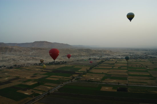 Real Life Egypt - Day Tours : More balloon views