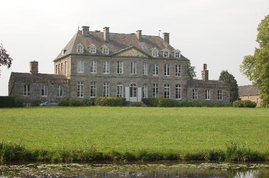 Vergoncey, France: view of chateau