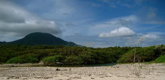 Nisbet Plantation Beach Club: The view from the beach of Mount Nevis