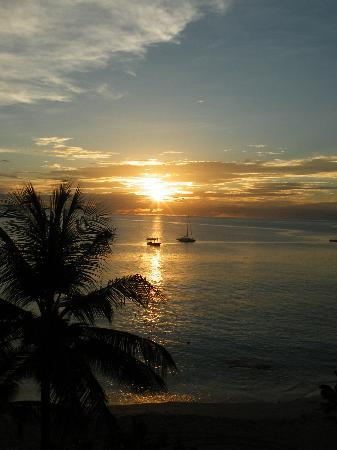 Holetown, Barbados: Sunset from our balcony