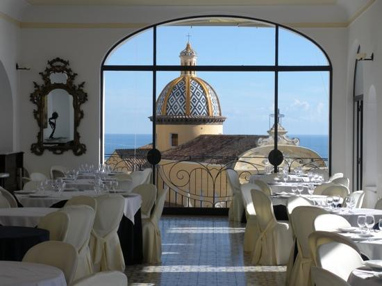 Hotel Tramonto d'Oro: great place to eat with a view to match