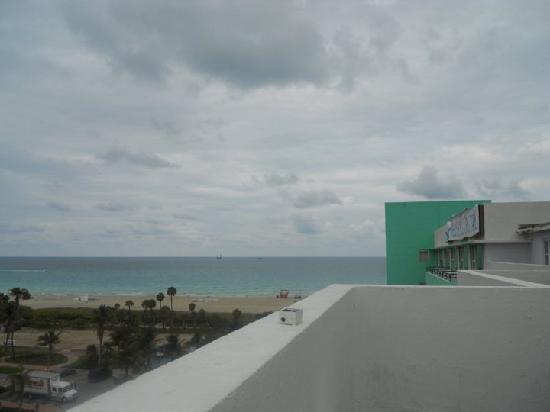 Seagull Hotel Miami Beach: View from the best balcony there