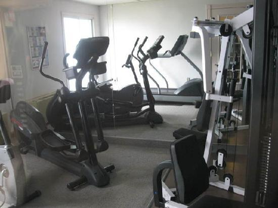 Atlantic Host Hotel : Fitness Room
