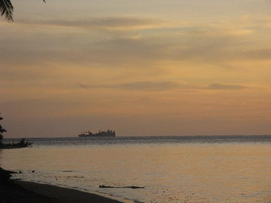 Likuri Island, Fiyi: The sunset