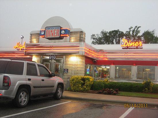 Highway Diner: The diner