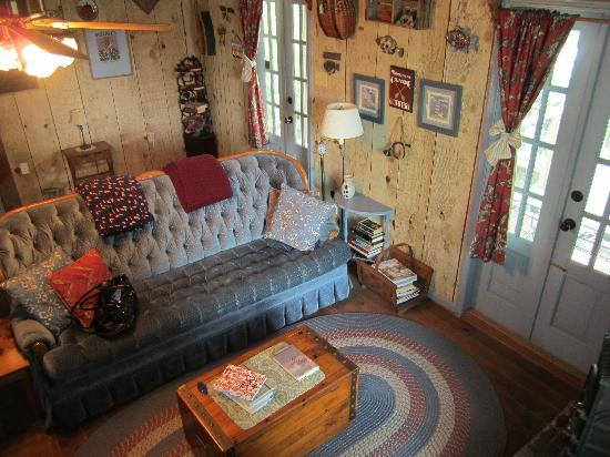 Cajun Country Cottages Bed And Breakfast Inside Little Cypress Cottage