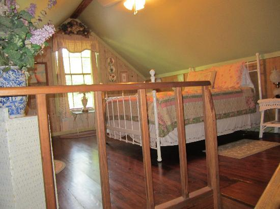 Cajun Country Cottages Bed And Breakfast Upstairs Bedroom Little Cypress Cottage