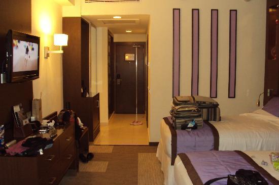 Hotel Riu Plaza Panama: Otra vista de la habitación