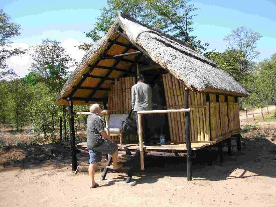 Warthogs Bush Camp : Cabin
