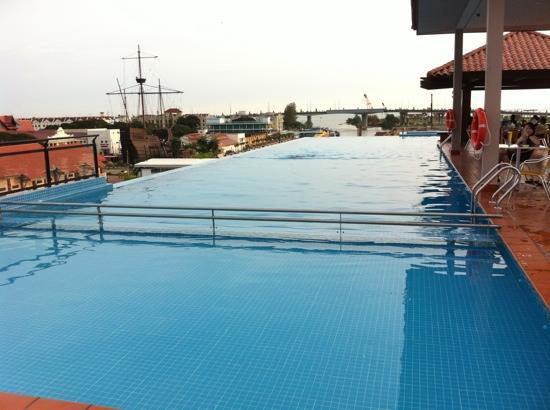 Casa del Rio Melaka: swimming pool