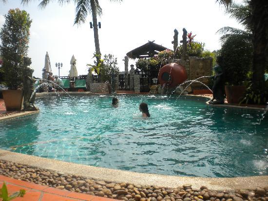 โรงแรมบูมเมอแรง วิลเลจ: Uno sguardo sulla piscina
