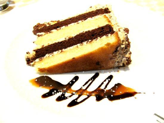Il Mercato: Tia Maria Coffee Toffee Crunch Cake