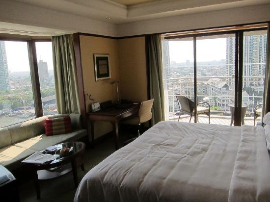 Shangri-La Hotel,Bangkok: Shangri La Bedroom