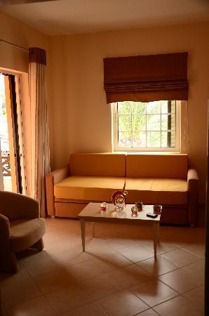 Marilen Hotel: Lounge