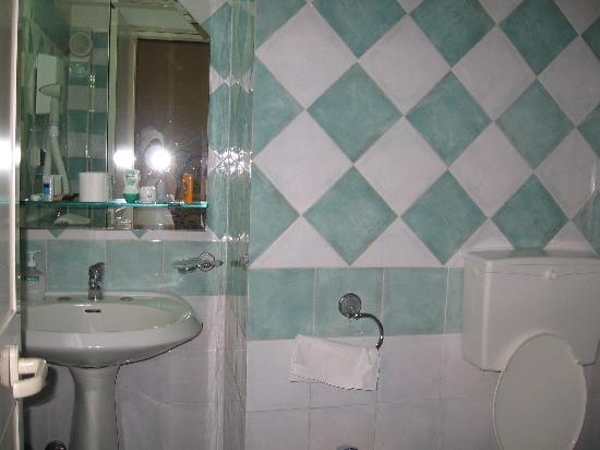 Hotel Centrale Europa: bathroom
