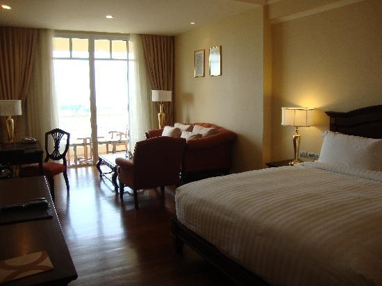 Sofitel Phnom Penh Phokeethra: chambre luxury