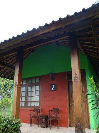 Poeri Devata Resort Hotel: 外観