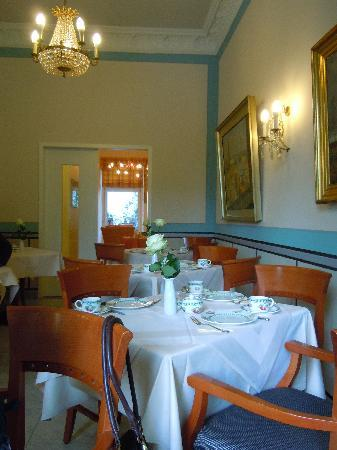 Park Hotel Am Lindenplatz: breakfast room