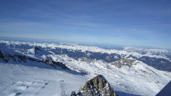 Hotel Sonnblick: the view and the routes at Kitzsteinhorn