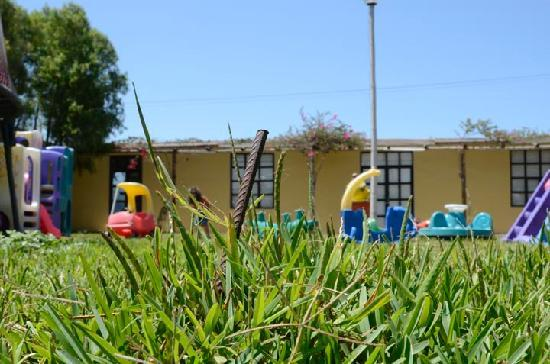 Chincha Alta, Peru: A metal bar was sticking out of the ground in the children's play area.