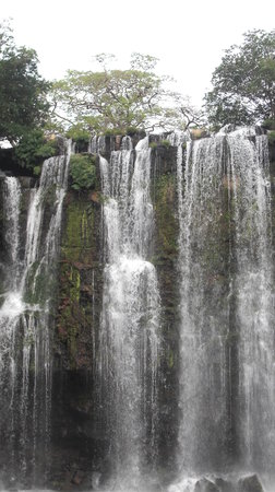 Issys Tours Costa Rica: Amazing Waterfall on Miravalles Tour