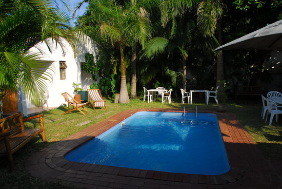 O Lar Do Ouro Guest Lodge: Swimming pool
