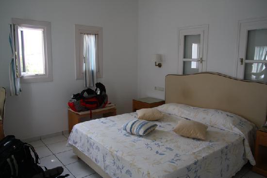 Alkyon Hotel: room