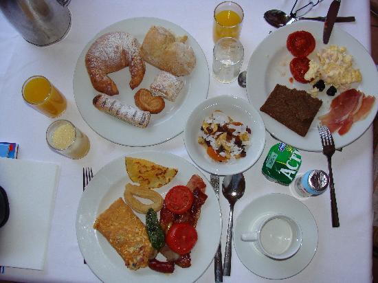 Sheraton Fuerteventura Beach, Golf & Spa Resort: petit déjeuner