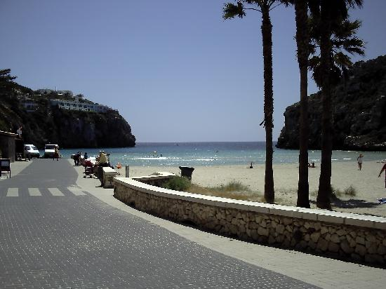 Cala Blanca, Spain: beach at Sant Tomas
