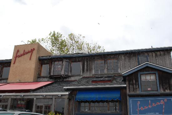 Fandango Restaurant : exterior