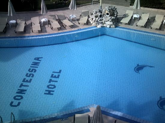 Contessina Hotel: Swimming Pool from our room