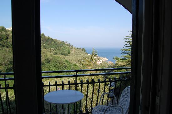 Best Western Hotel La Solara Sorrento: View from balcony