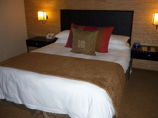 Paxton Hotel: Room 2123