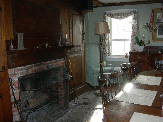 Stonewall Farm: Dining room fireplace