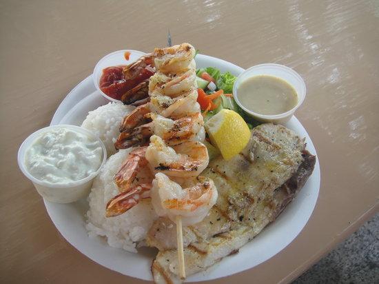 The Fish Hut: Grilled Mahi Mahi and shrimp