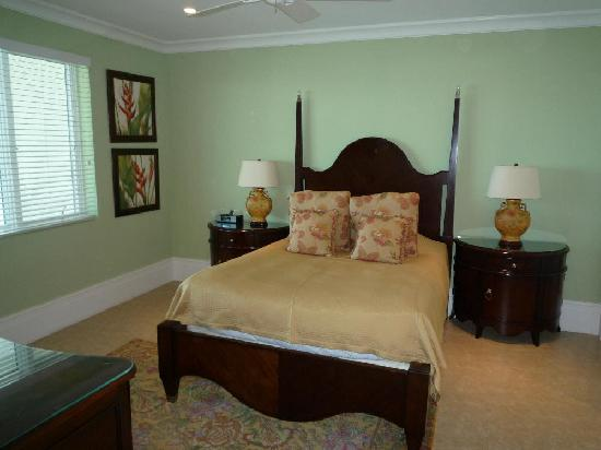 Caribbean Club Luxury Boutique Hotel: Another bedroom