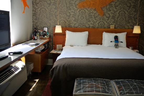 Drake Hotel Toronto: Room