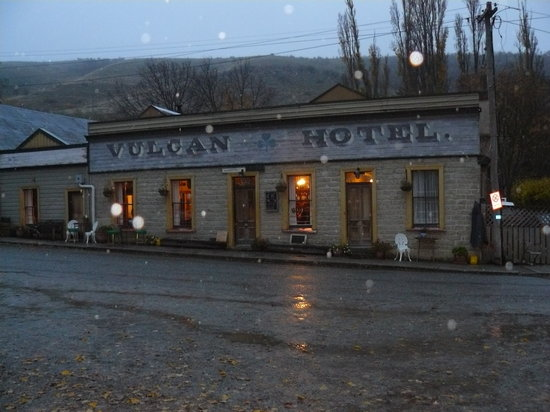 Vulcan Hotel St Bathans New Zealand Top Tips Before You Go With Photos Tripadvisor