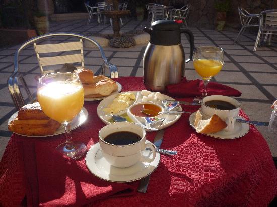 Tata, Maroko: petit déjeuner